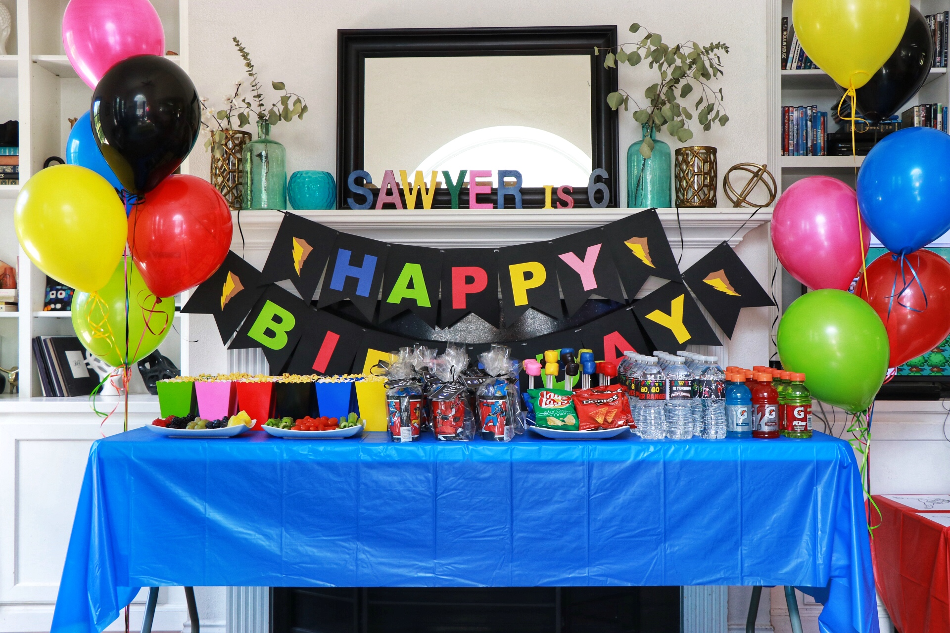 Go Go Power Rangers How To Throw A Mighty Morphin Power Rangers Themed Birthday Party Fab Everyday