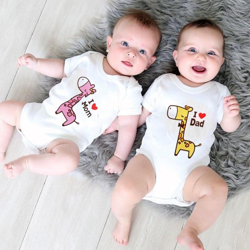 Giraffe Love Dad and Mom Newborn Bodysuit