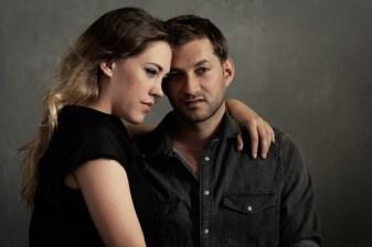 Shooting couple, amour, romantisme à Elle Studio, Neuchâtel, Suisse. Book photo and shootings