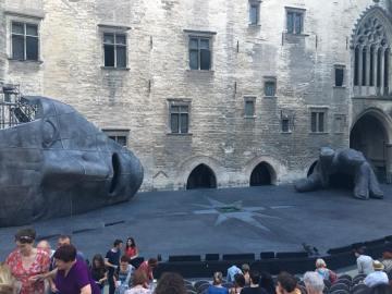 Contrastes en Avignon