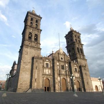 Puebla dos anjos, das lendas e de histórias