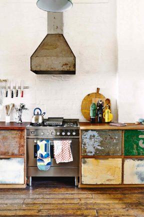 factory-conversion-rustic-kitchen-saskia-folk-home-mar15-20150303142640-q75,dx1920y-u1r1g0