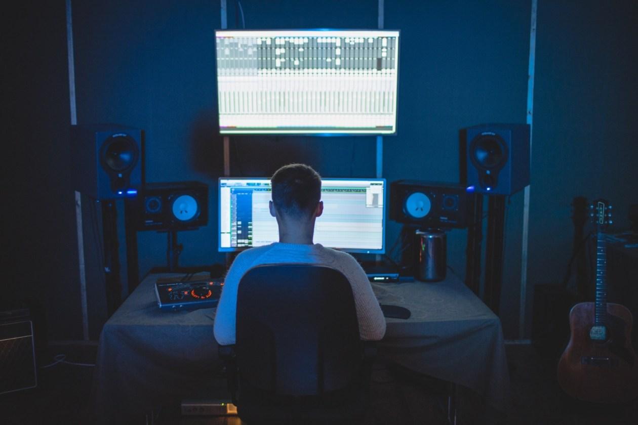 13 melhores monitores de referência para estúdio e home studio