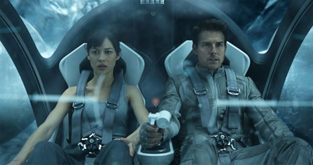 Tom Cruise and Olga Kurylenko.