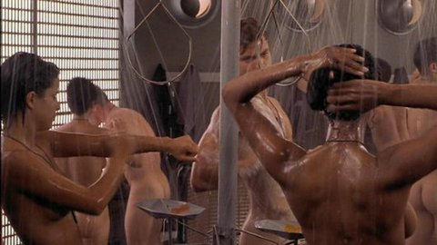 Starship Troopers showering