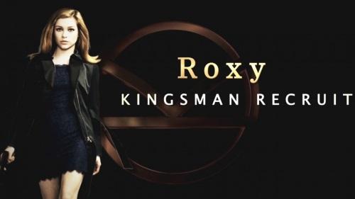 Roxy (Sophie Cookson)