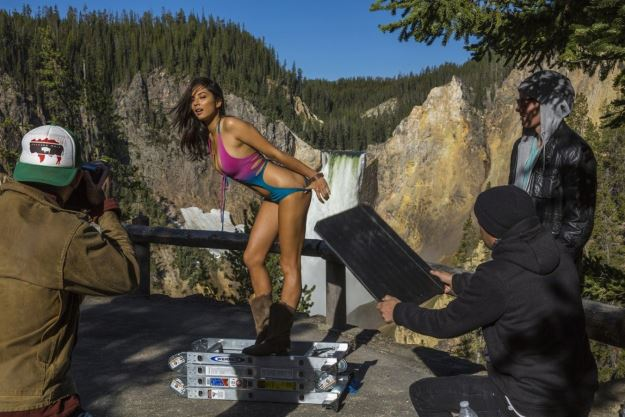 Jessica Gomes posing for Sports Illustrated in the Grand Canyon.