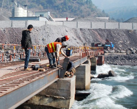 China builds a bridge in Pakistan