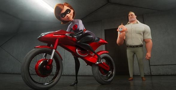 """Elastigirl goes to work in """"Incredibles 2"""""""