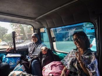 Suasana di dalam Angkot