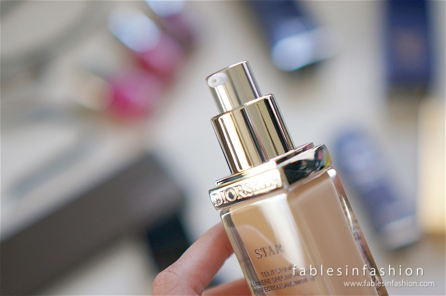 Diorskin Star Fluid Foundation Review, Swatches and Photos