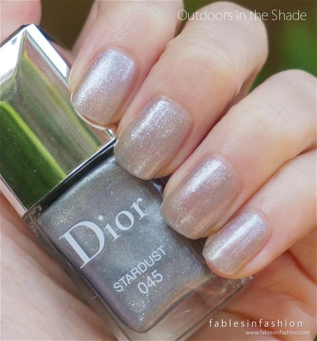 dior-diorsnow-nail-polish-stardust-02