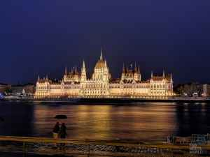 Buda Castle & Gardens: Day 3 in Budapest (4K VLOG)