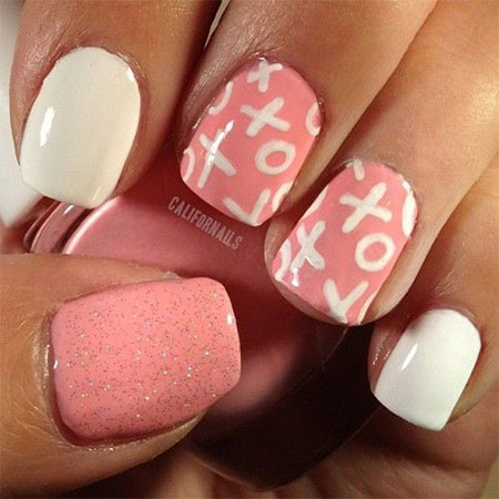 Valentine's Day Nails XOXO Nail Art Pink White Glitter DIY Valentine Day Manicure Happy Valentines Day