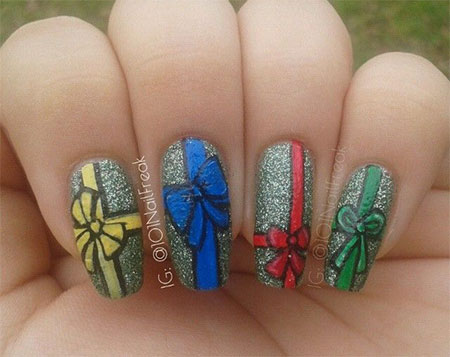 12 Easy Christmas Present Nail Art Designs Ideas