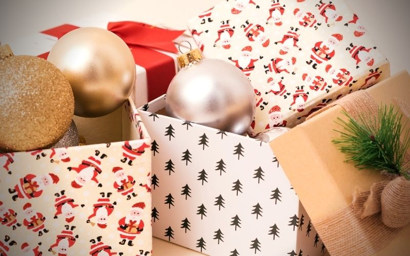 Christmas Clean Up - 12 Simple Ways To Save | Frugal Fun Mom