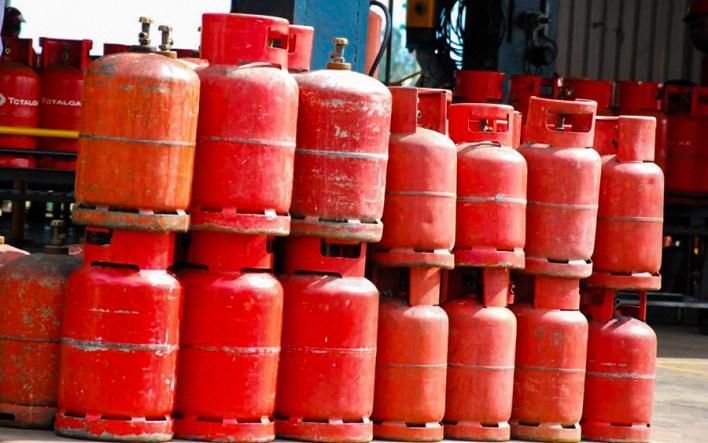 See How to Check if Gas Cylinder has Expired to Avoid Explosion. Gas expulsion mostly occurs when there is a gas leak from the cylinder and mixes with air within the limits of