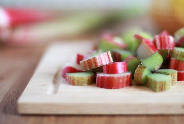 rhubarb-honey-cake-recipe-5
