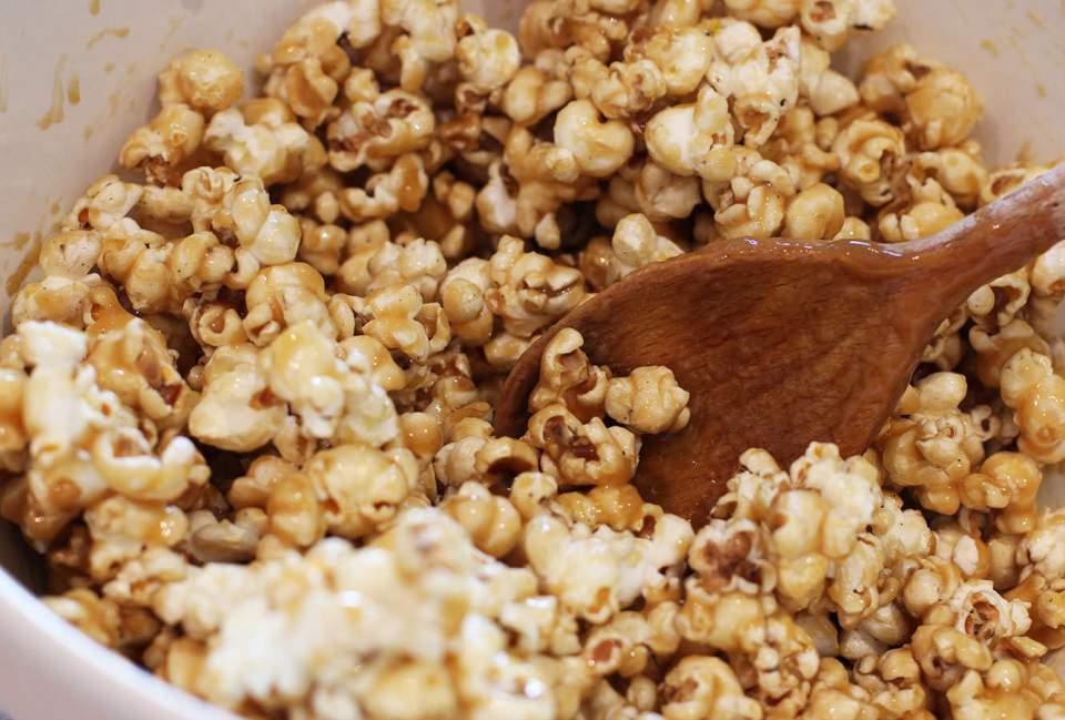toffee-popcorn-recipe-home-cinema