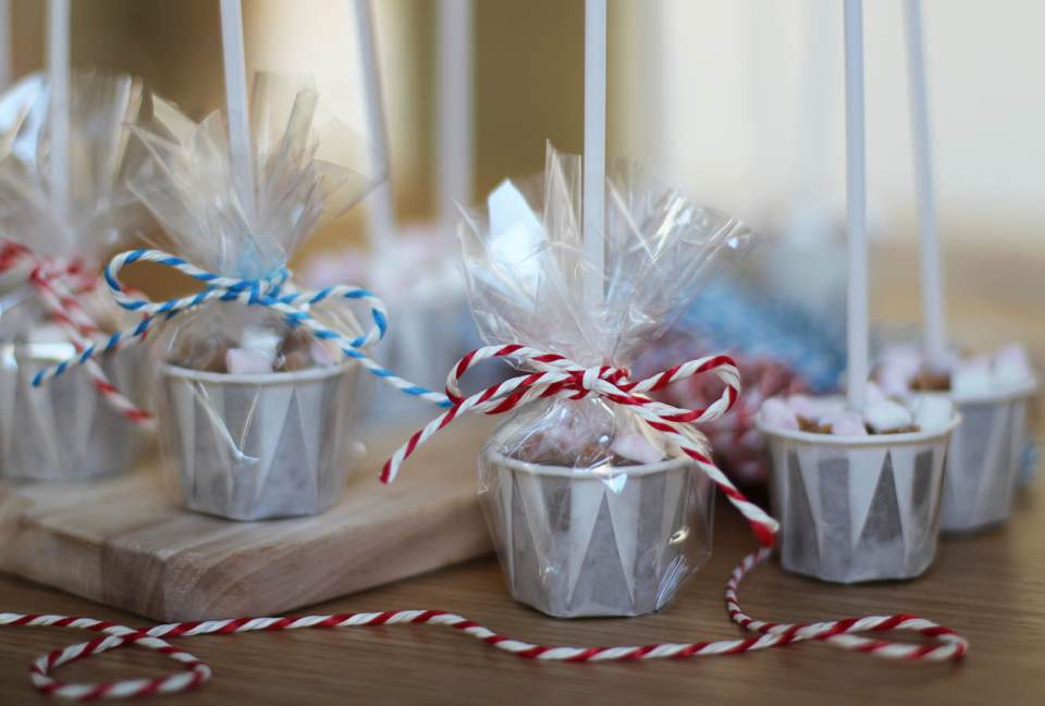 homemade-hot-chocolate-stirrer-gift-5