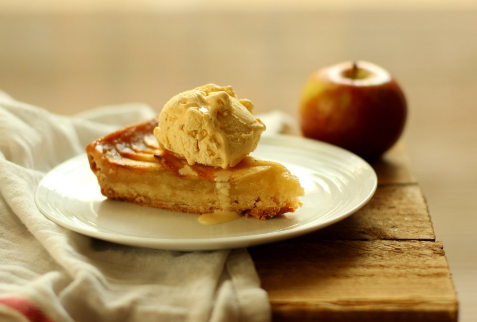 apple-frangipane-almond-tart-pie-16