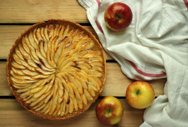 apple-frangipane-almond-tart-pie-17