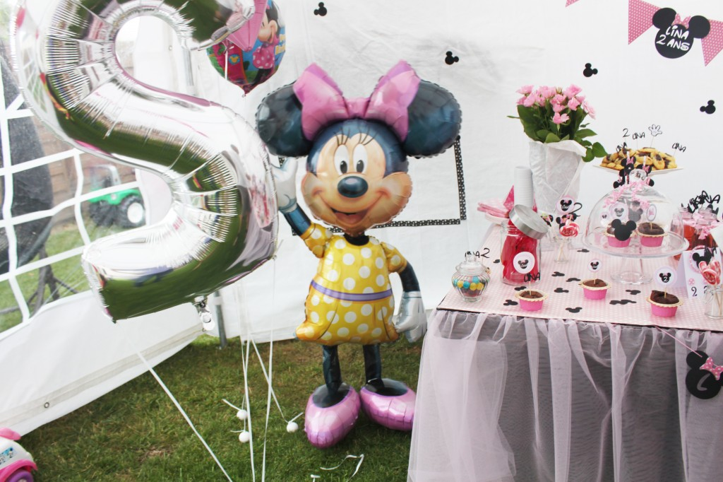 sweet-table-minnie-bzllon