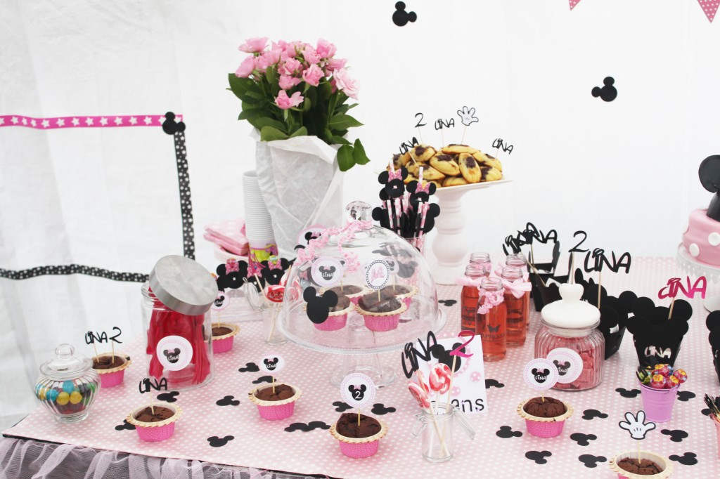 sweet table-minnie-table