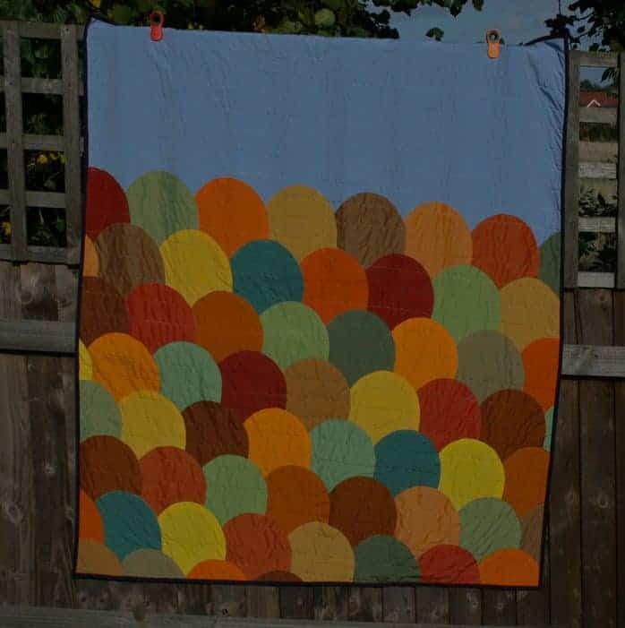 Falling Vista quilt tutorial by fabricandflowers | Sonia Spence