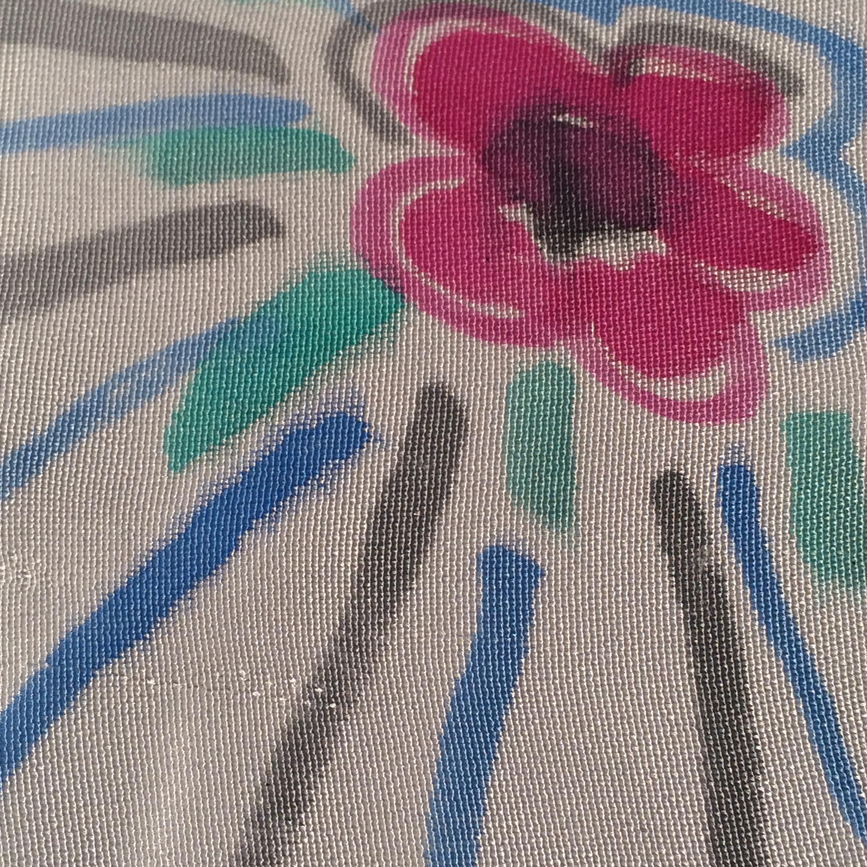 Grey flower pattern