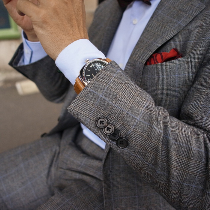 Men's wear – choosing the right accessories