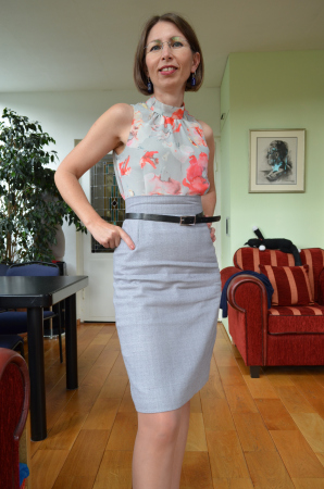 Red Point Tailor in Marfy blouse