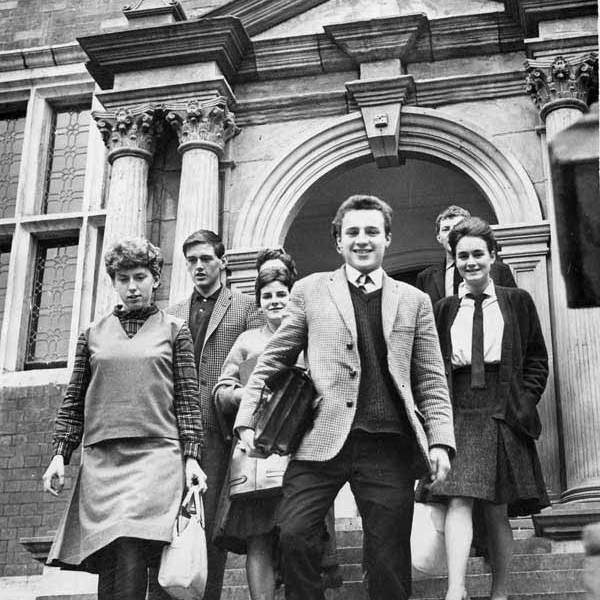 1963: Universities opened to working class youth
