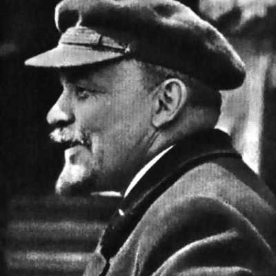 VI Lenin in workers hat
