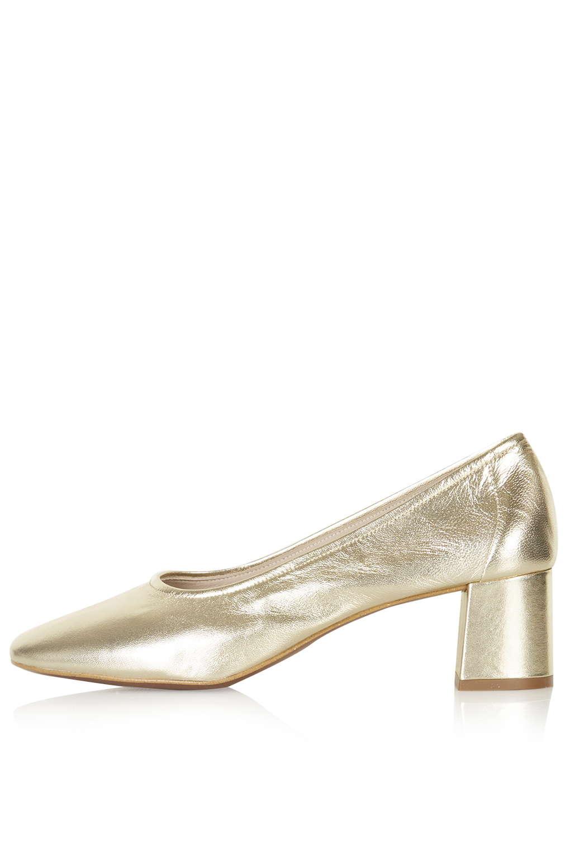 Gold retro shoe