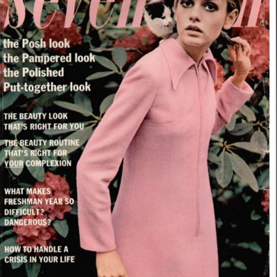 Twiggy in 1960s pink