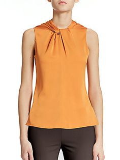 Twist top neckline