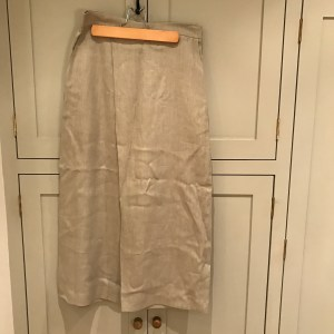 Culottes in beige linen (Whistles sale)