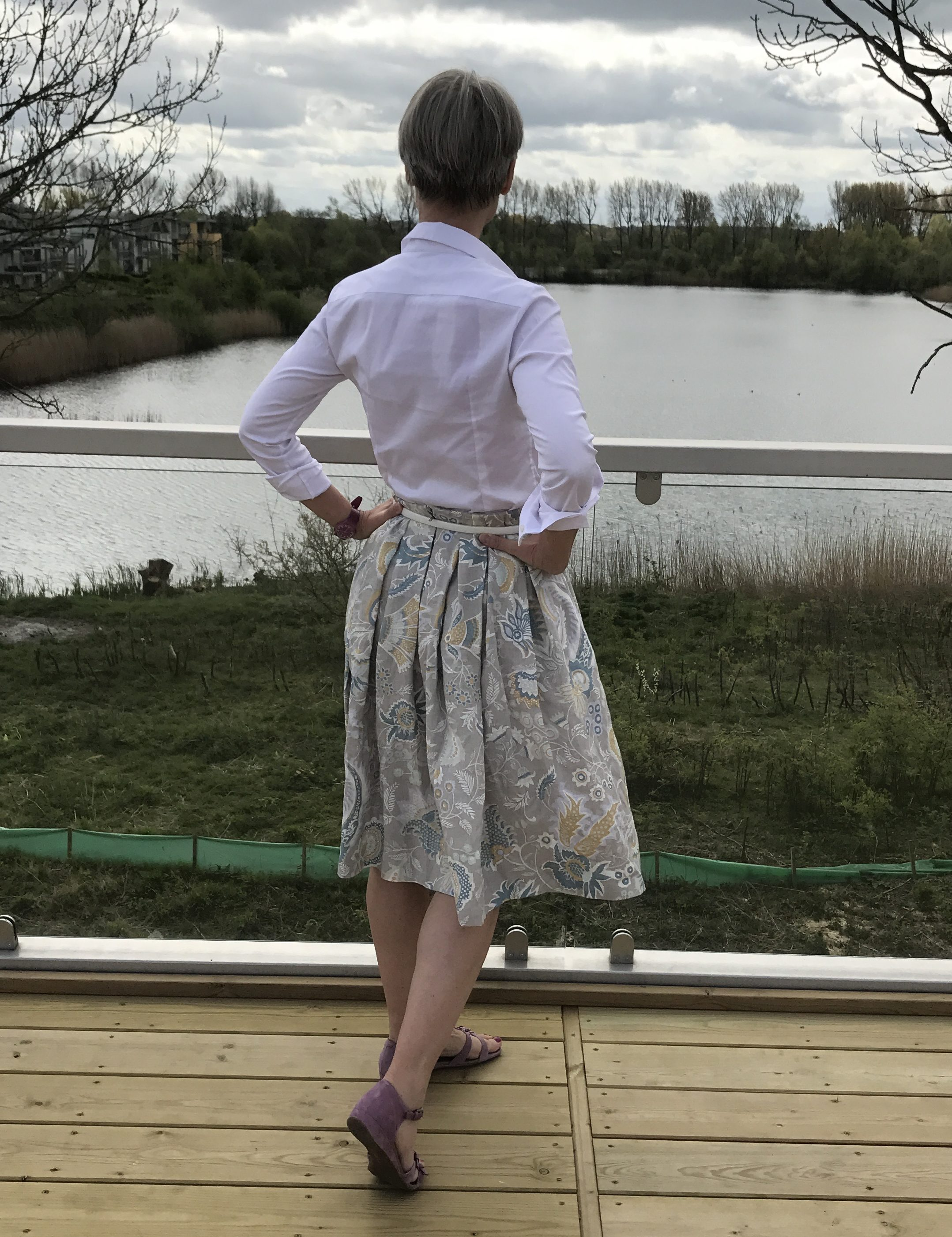 Pleated skirt - back view