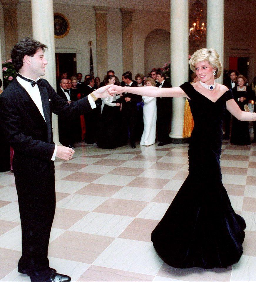 John Travolta and Diana dancing