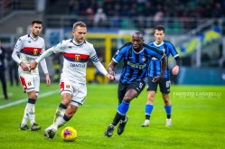 Domenico Criscito of Genoa CFC and Romelu Lukaku of FC Internazionale during the Serie A match between FC Internazionale and Genoa CFC at the San Siro Stadium, Milan, Italy on 21 December 2019 - Photo Fabrizio Carabelli