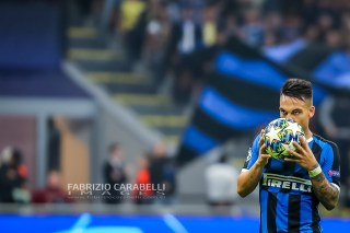 #10 Lautaro Martínez (FC Internazionale) - Champions League 2019/2020 ---------------------------------------------------------------- Immagini ad uso editoriale • Servizio Agenzie Stampa • Contattateci per informazioni Images for editorial use • Press Agency Service • DM for any information Fabrizio Carabelli © All Rights Reserved -------------------------------------------------------------- FABRIZIO CARABELLI IMAGES #FCI www.fabriziocarabelli.com