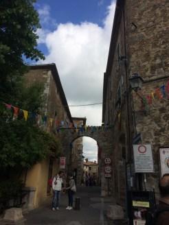 Porta Romana di Montemerano