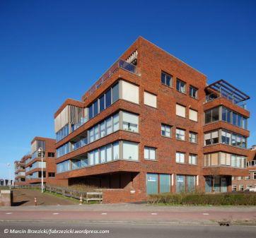 Urban Villas Scheveningen Harbour / Geurst & Schulze