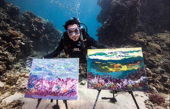 Saudi Arabia's First Under-Water Painter Mohamed Jameel Hasanain 1