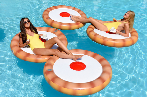 MR KIPLING MAKES A SPLASH WITH GIANT INFLATABLE CHERRY BAKEWELL 1