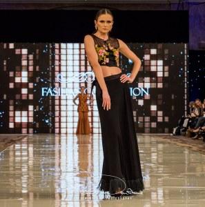 Fasiha S Collection Catwalk At Pakistan Fashion Week London (16)