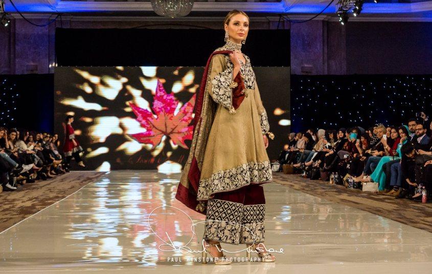 Sonia Mahajan Catwalk Show At Pakistan Fashion Week London 2017 (18)