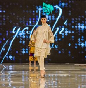 Yatashi Catwalk Show At Pakistan Fashion Week 2017 (26)