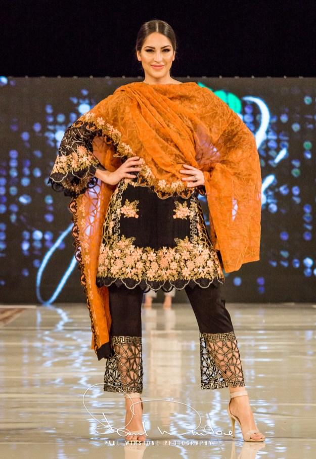 Yatashi Catwalk Show At Pakistan Fashion Week 2017 (28)